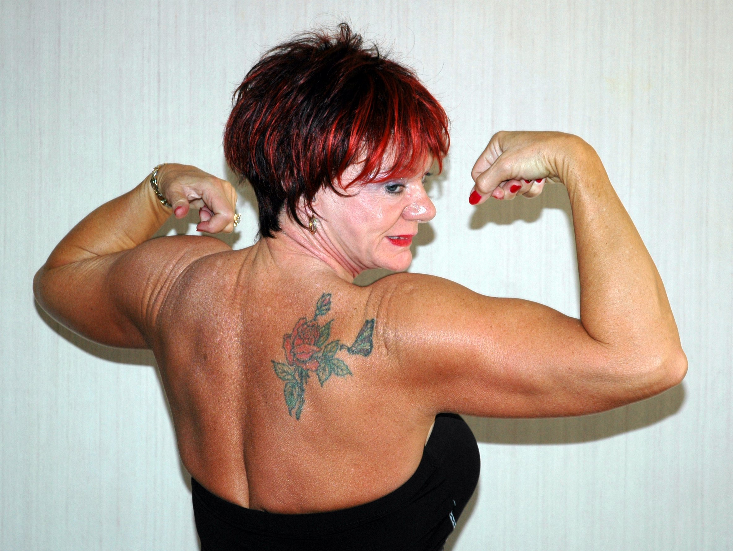Built Old Lady's BodySpace - Bodybuilding.com