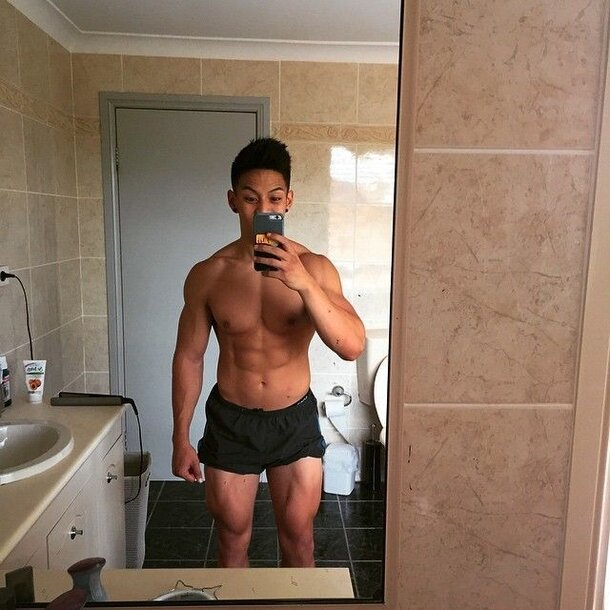 Skipped leg day for over a year now. srs (Pic ...