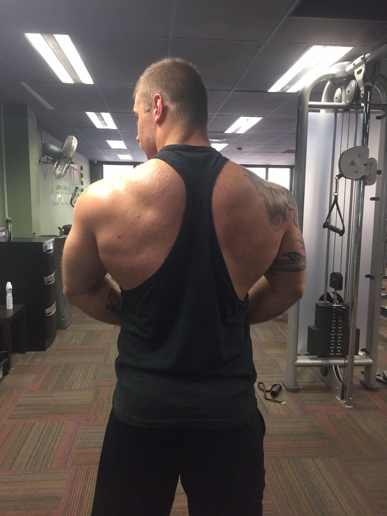 Put face on bodybuilder